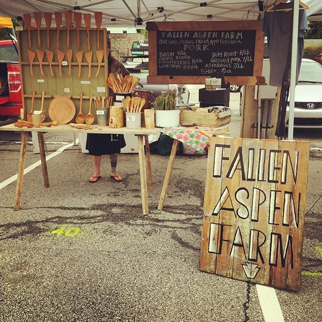 Come see us @bloomfieldpgh Bloomfield Saturday Farmers Market! We are here with pork, tree ware, asparagus and shirts! Here till 1 #farmersmarket #farmermarketseason #flyingbytheseatofourpants