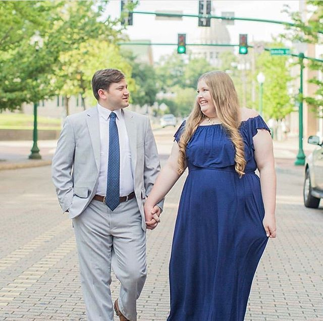 Dynamic wedding duo coming in hot  @stellaandcoevents will be coordinating the wedding and engagement shots were taken by the amazing @katelynannephotography 🔥🔥🔥🔥 we're so in awe of our vendors!