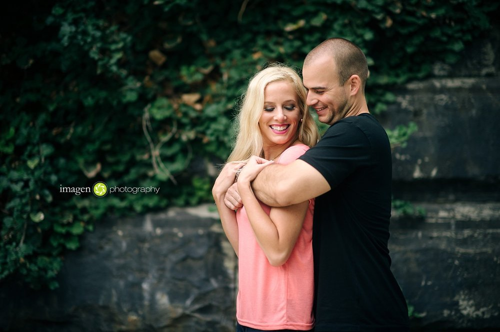 Cleveland-Engagement-Photo_0019.jpg
