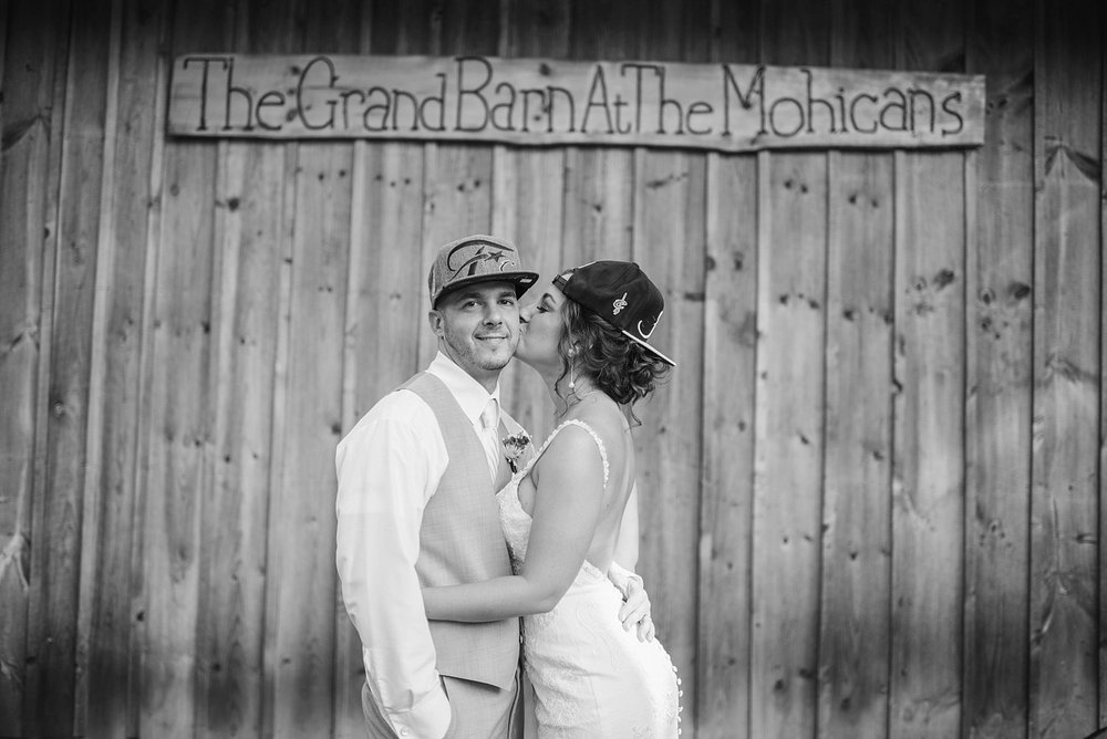 Mohican-Grand-Barn-Wedding_0043.jpg