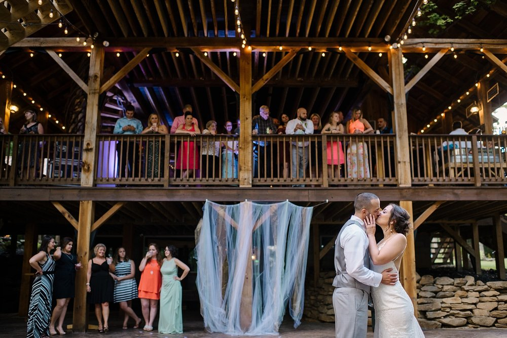 Mohican-Grand-Barn-Wedding_0060.jpg