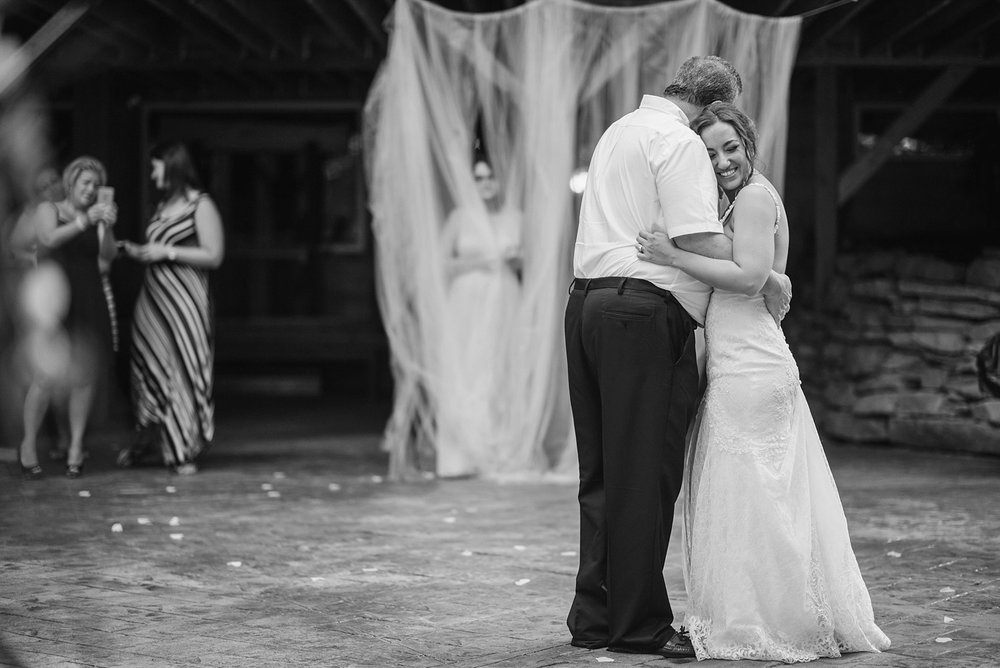 Mohican-Grand-Barn-Wedding_0064.jpg