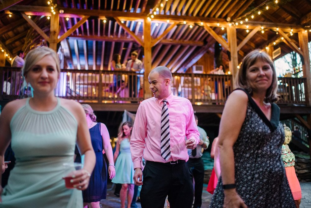 Mohican-Grand-Barn-Wedding_0086.jpg