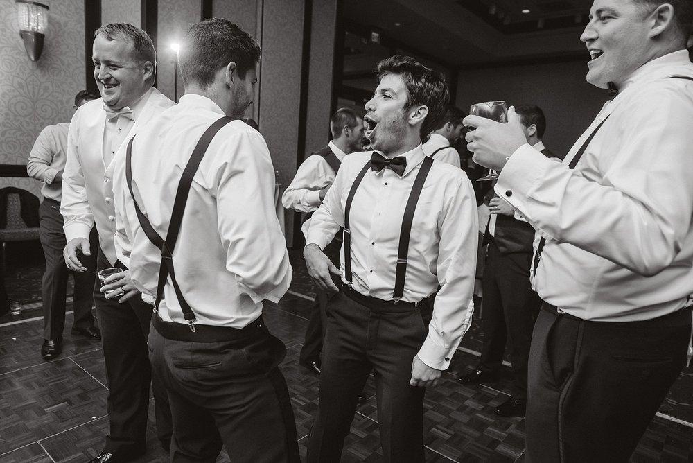 downtown cleveland wedding0101.jpg