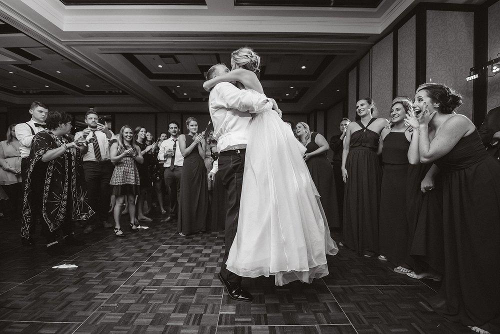 downtown cleveland wedding0115.jpg