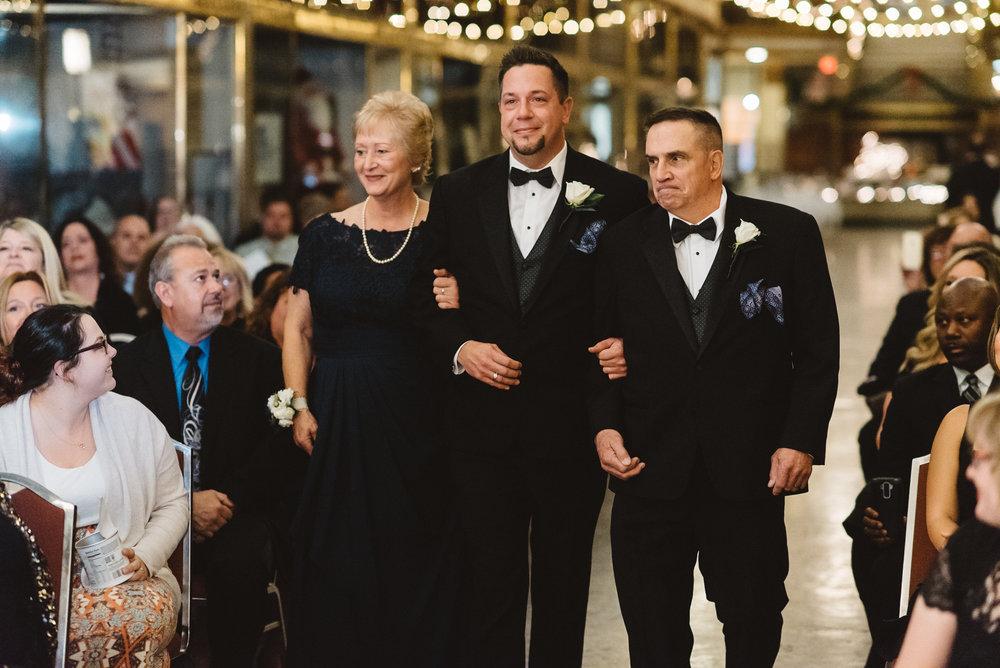Hyatt arcade wedding-0014.jpg