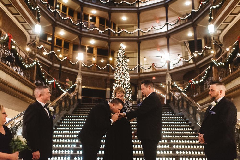 Hyatt arcade wedding-0017.jpg