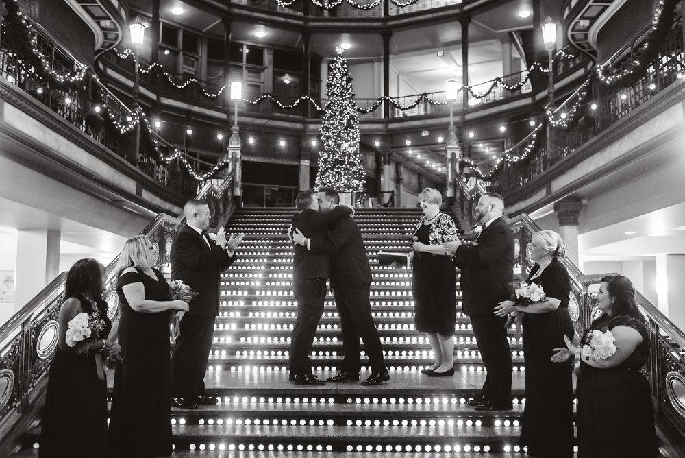 Hyatt arcade wedding-0018.jpg
