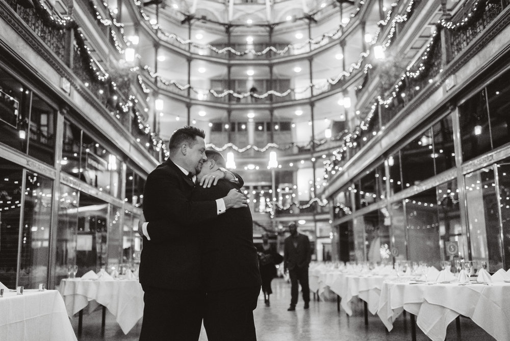 Hyatt arcade wedding-0023.jpg