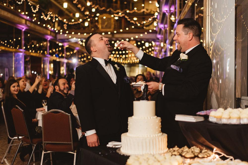 Hyatt arcade wedding-0028.jpg