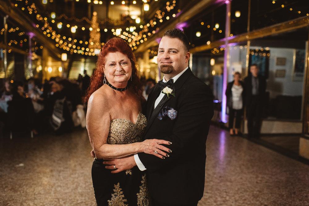 Hyatt arcade wedding-0040.jpg