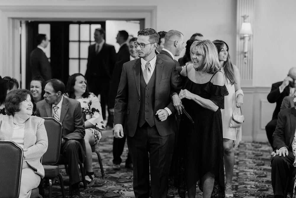 South Hills Country Club Pittsburgh Wedding_0120.jpg