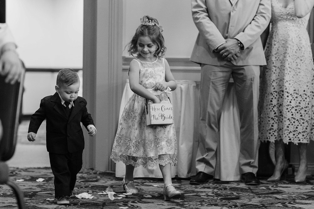 South Hills Country Club Pittsburgh Wedding_0146.jpg