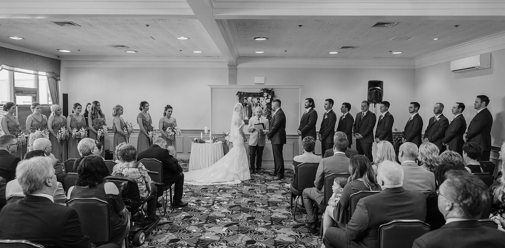 South Hills Country Club Pittsburgh Wedding_0150.jpg