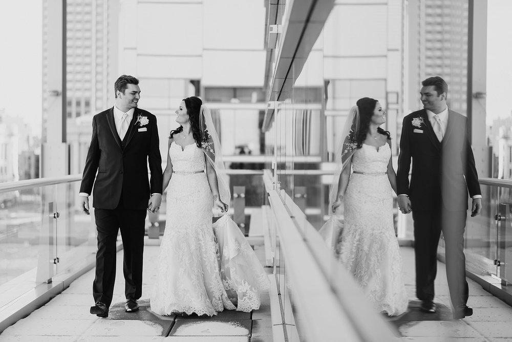 Hilton Downtown Cleveland Wedding0036.jpg
