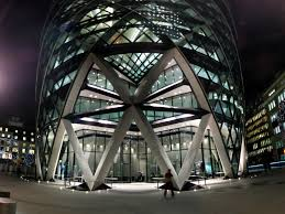 Must Do - See The Gherkin's incredible architecture