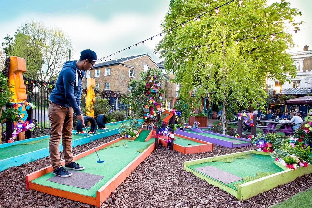 Plonk Hackney (Victoria Park)