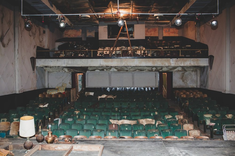 The abandoned Bells Theatre in great need of repairs - Help revive this art deco cinema! bit.ly/bellstheatre