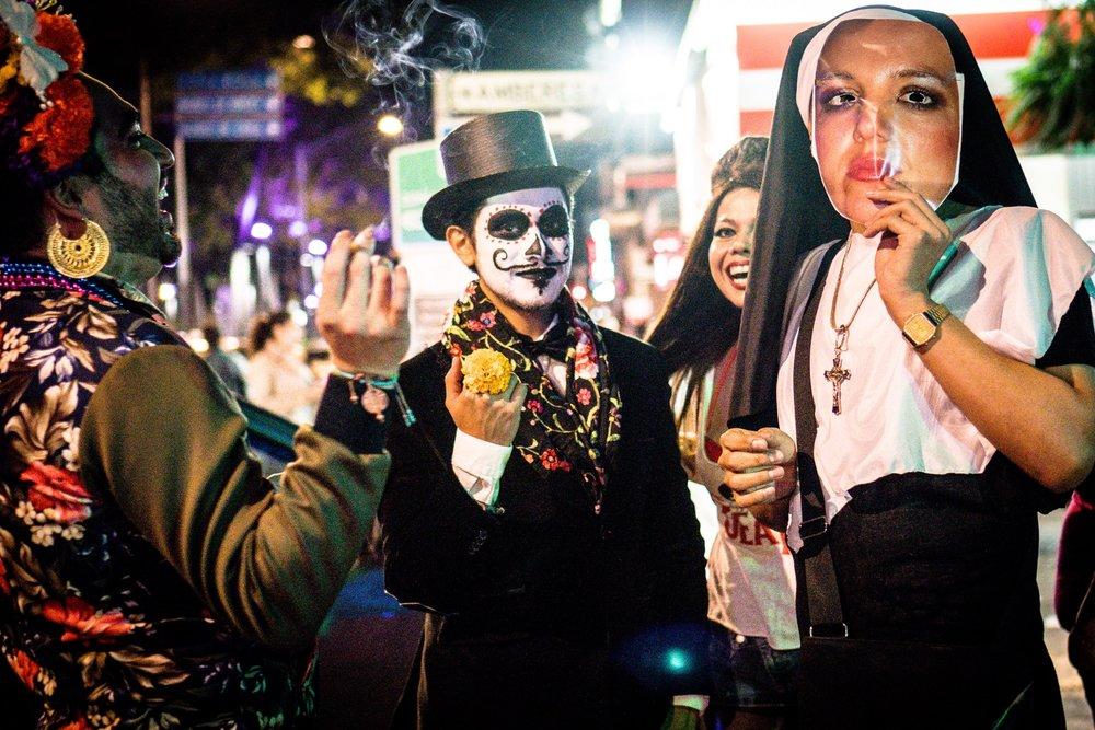 Dia de los Muertos partygoers on Reforma.