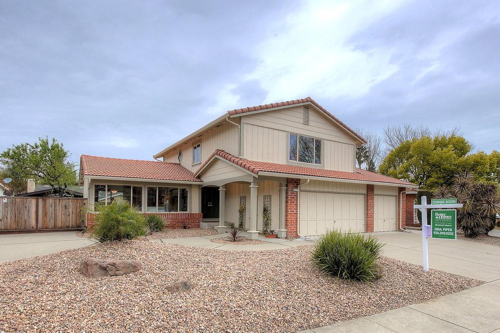 4573 Ross Gate Way, Pleasanton, CA Gina Piper Real Estate