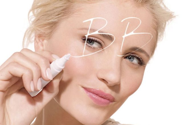 Your ultimate guide to Natural BB creams          that will transform your skin and beauty routine.