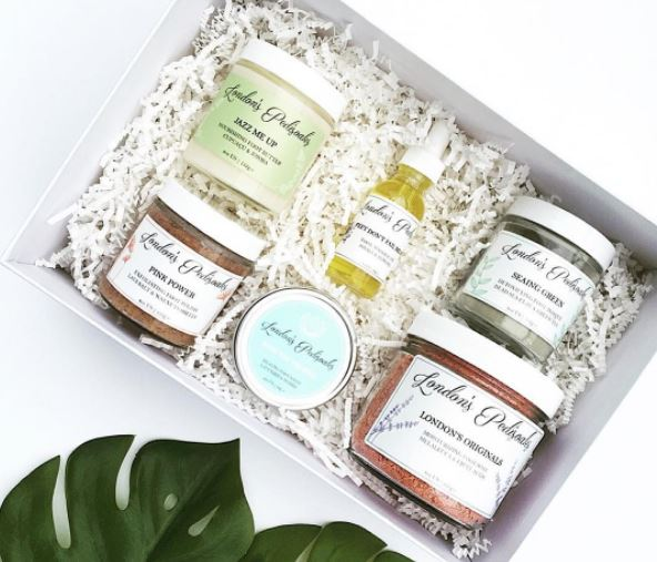 London's Pedisoaks - Plant-based foot care products made for a specific purpose to ensure you get results. All products are handcrafted, cruelty-free, non-toxic and packed with ingredients to pamper your feet.