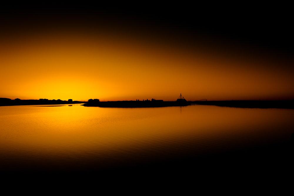Calgary morning sunrise photo mahogany Lake