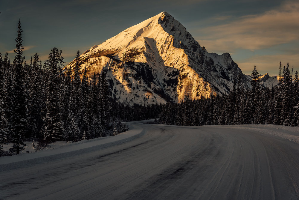 Canmore mountains sunset photo