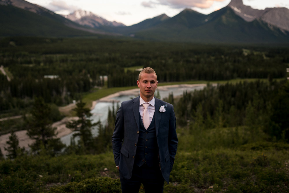 Pomeroy Kananaskis mountain lodge wedding Banff Calgary wedding photographer