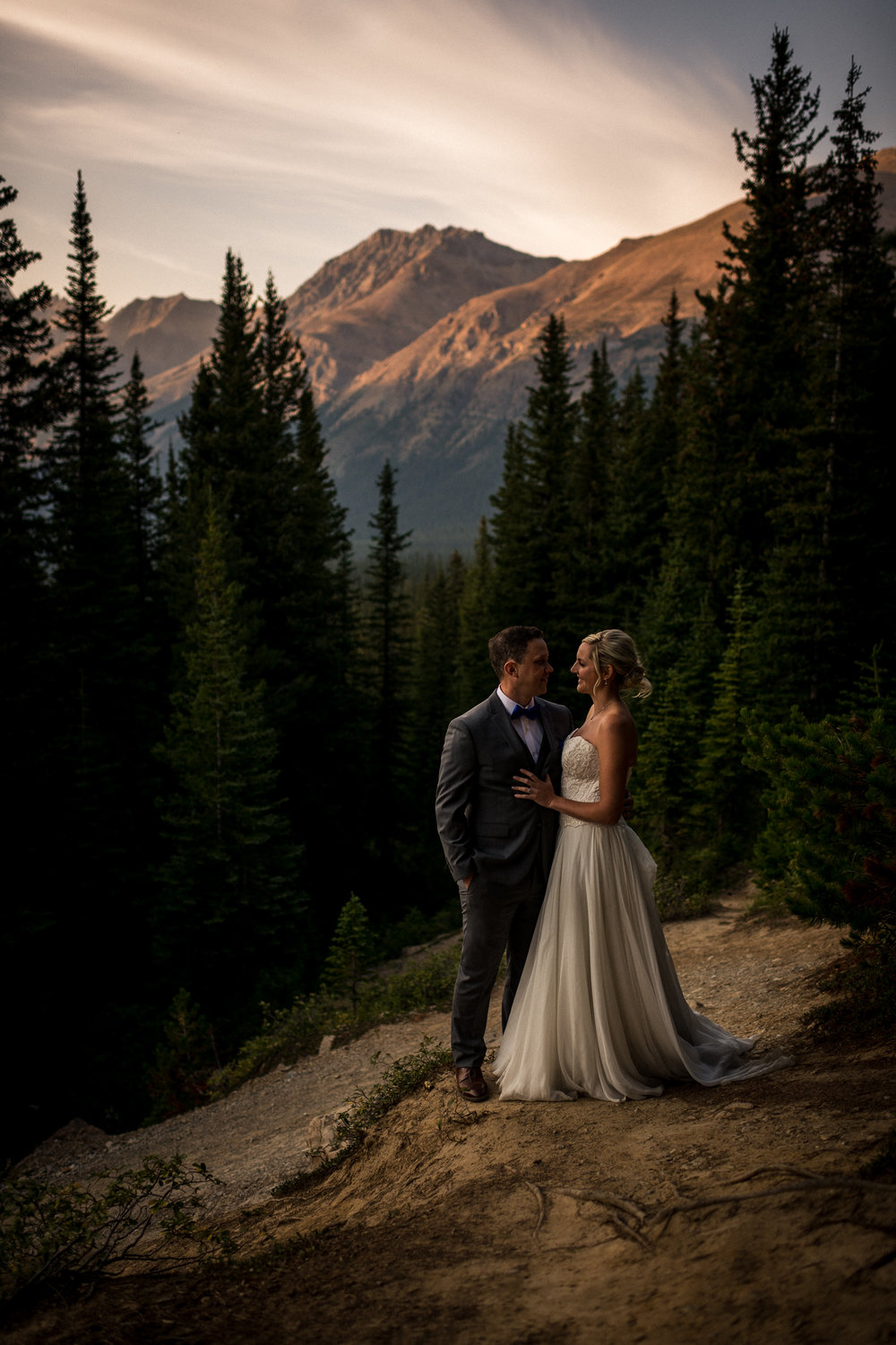 Peyto Lake Adventure Wedding Banff Wedding Photographer Lake Louise Calgary Wedding Photographer intimate elopement