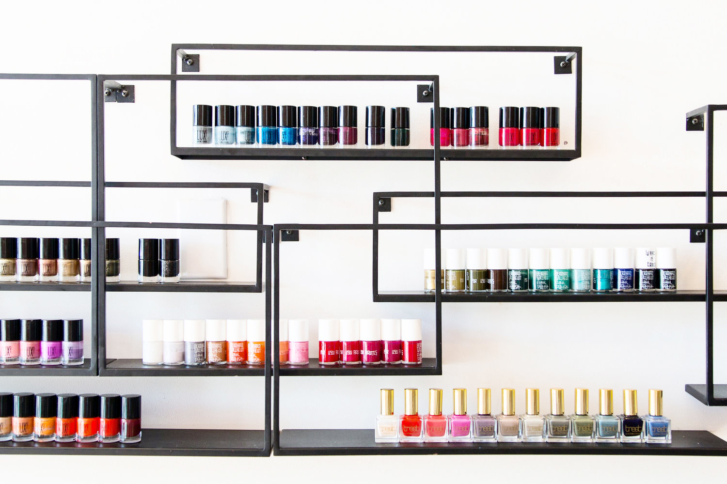 10 Healthy Nail Salons in San Francisco Against The Toxic