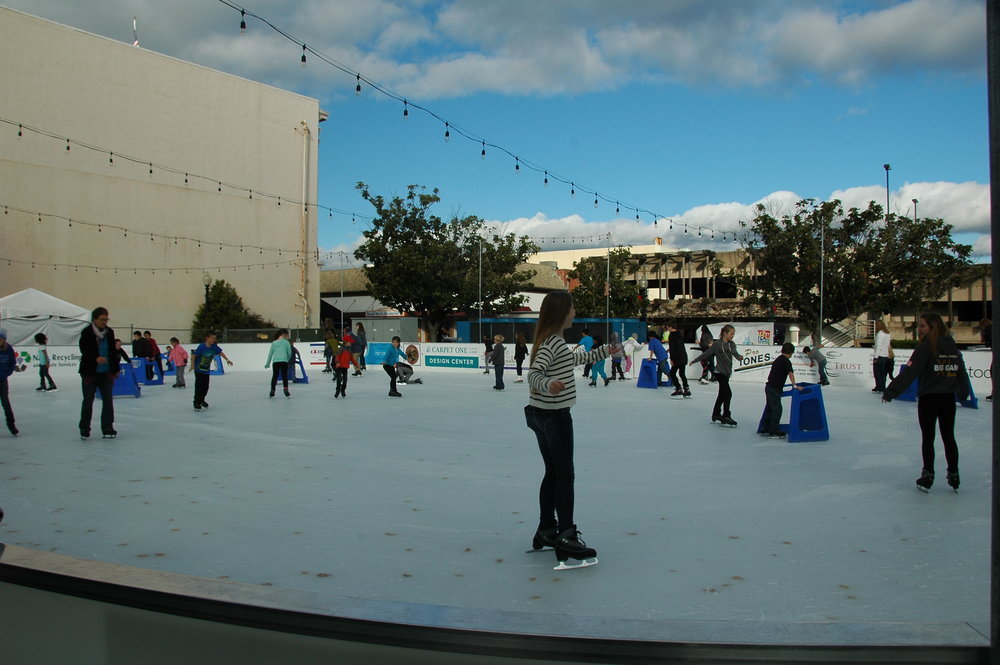 141229C009-Ice-Rink-on-2nd-Street.jpg