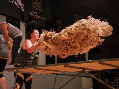 Sarah Moran NZ-Aust Woolhanding Test
