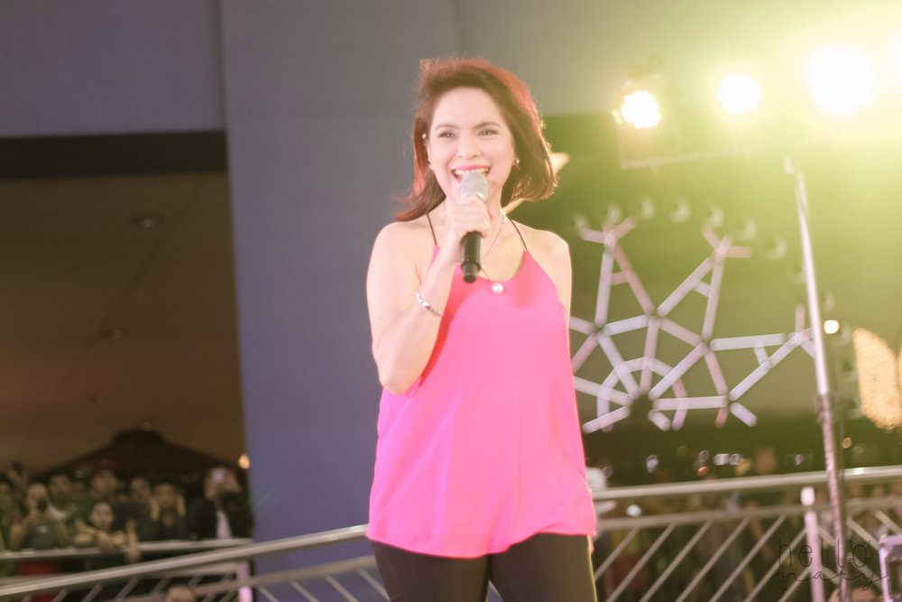 Jamie Rivera sang songs from her Christmas album  My Christmas Gift.