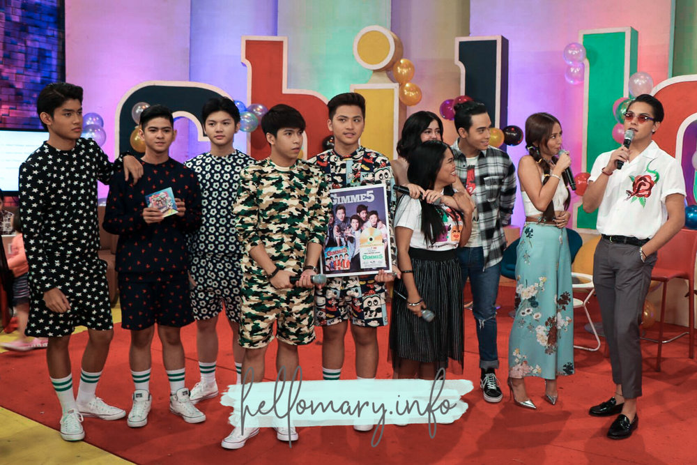Just had to include Gimme 5 in this picture because they look so cute in their matching outfit!!!