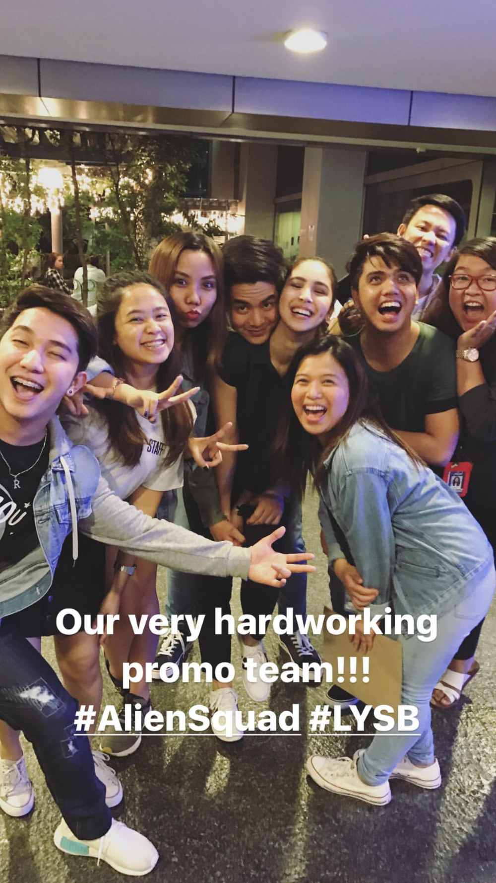 Photo grabbed from Julia's IG story