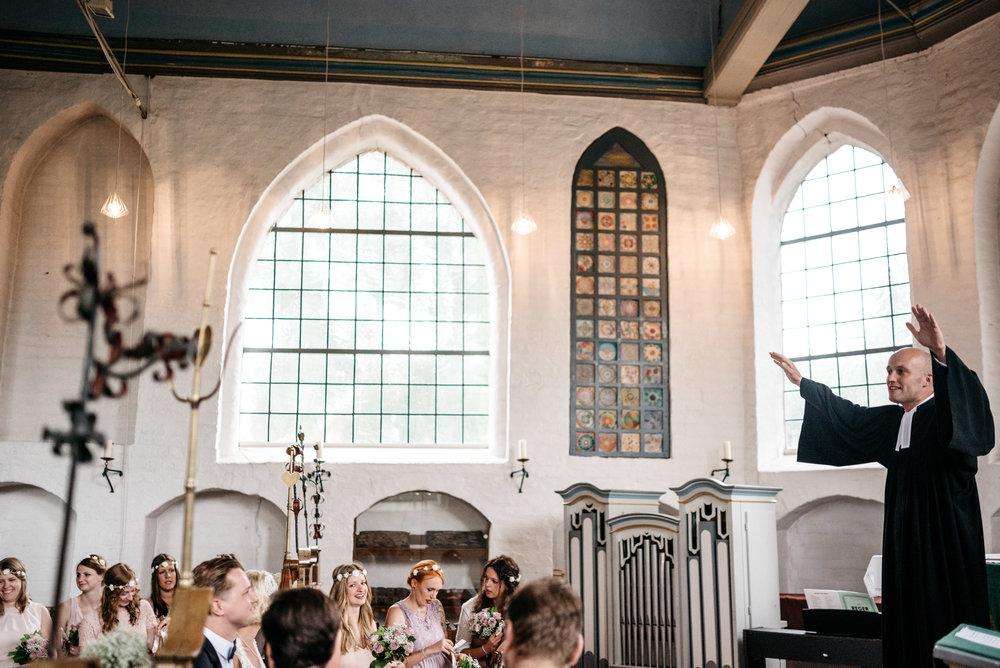 Zollenspieker Fährhaus summer wedding Hamburg