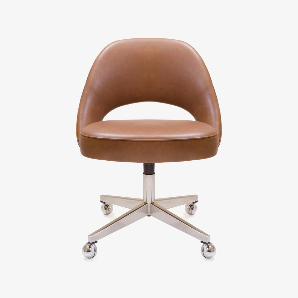 Saarinen Armless Chair, Swivel Base in Saddle Base Leather2.jpg