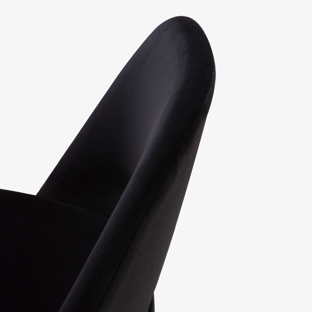 Saarinen Executive Armless Chair, Black Edition4.png