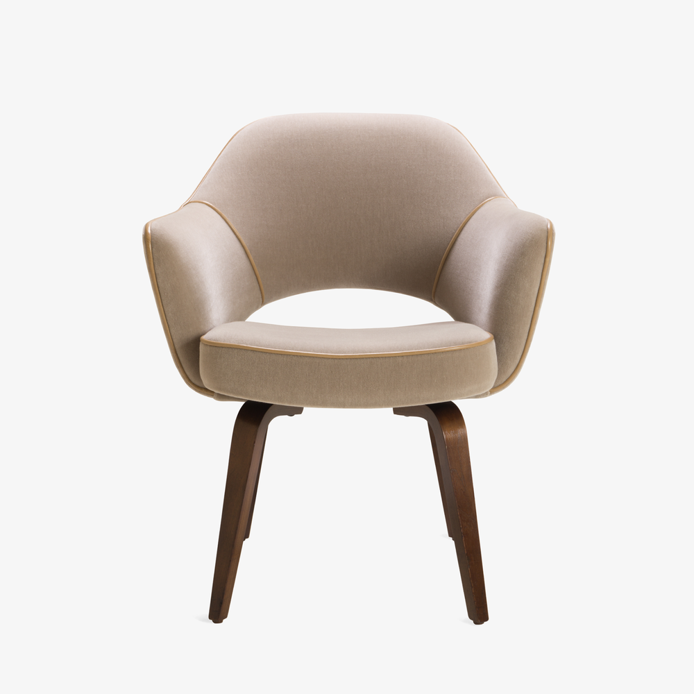 Saarinen Executive Arm Chair with Walnut Legs in Mohair & Leather Piping2.png