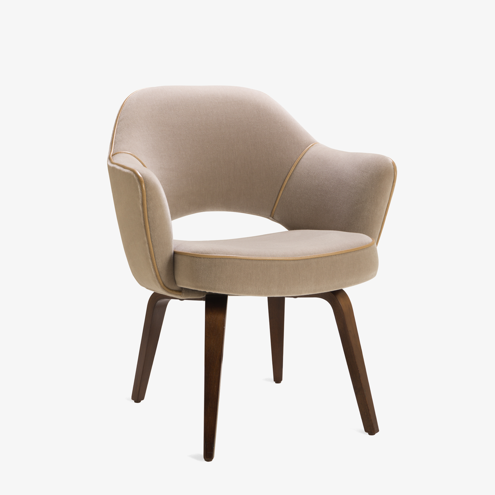Saarinen Executive Arm Chair with Walnut Legs in Mohair & Leather Piping.png