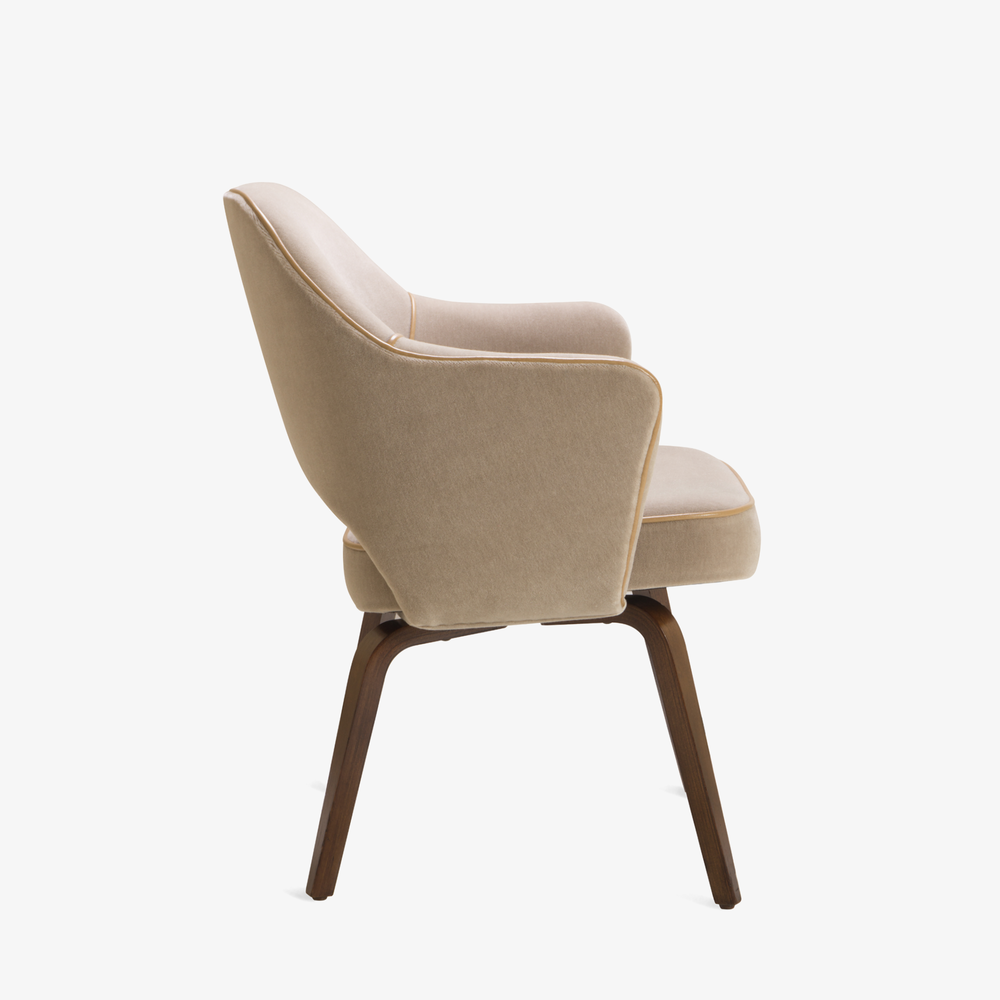 Saarinen Executive Arm Chair with Walnut Legs in Mohair & Leather Piping3.png