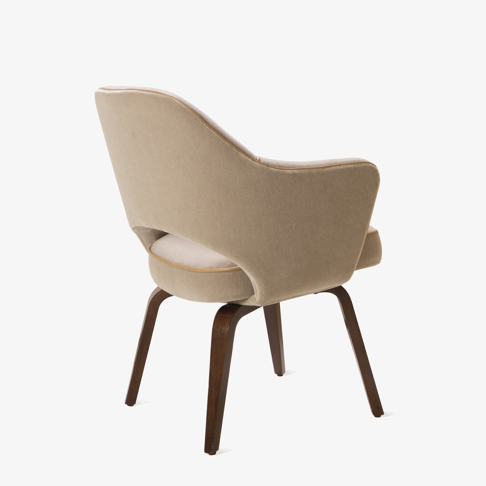 Saarinen Executive Arm Chair with Walnut Legs in Mohair & Leather Piping4.png