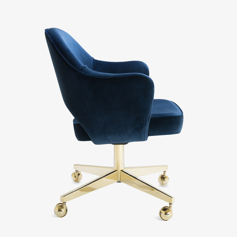 Saarinen Executive Arm Chair in Navy Velvet, Swivel Base, 24k Gold Edition4.png