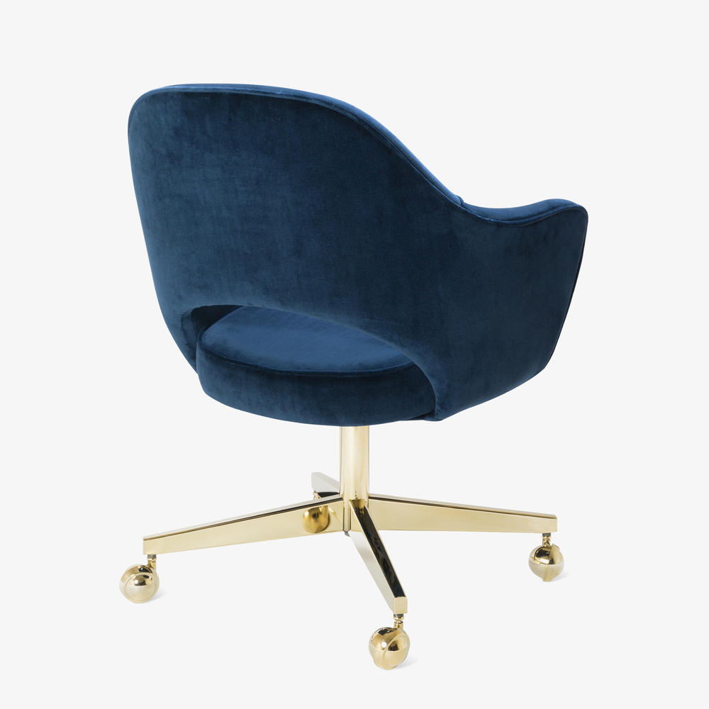 Saarinen Executive Arm Chair in Navy Velvet, Swivel Base, 24k Gold Edition5.png