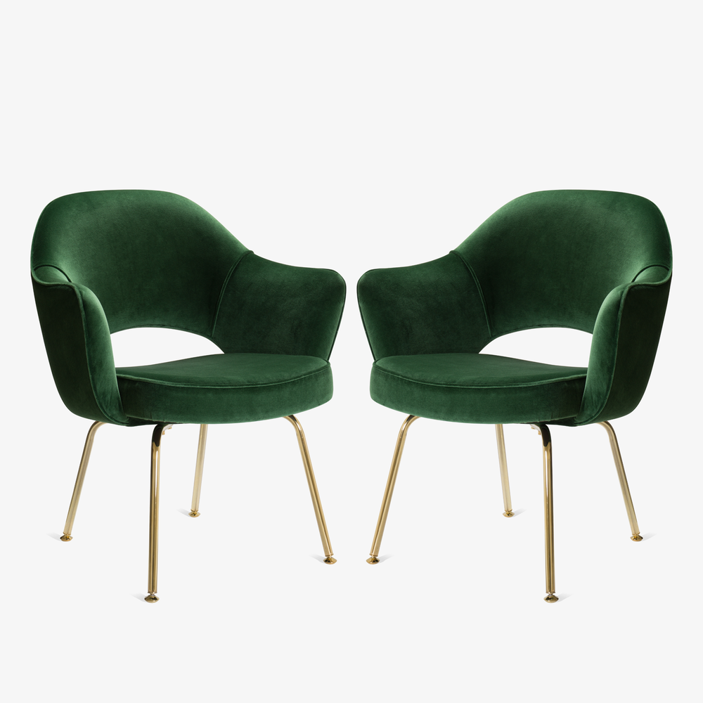 Saarinen Executive Arm Chair in Emerald Velvet, 24k Gold Edition3.png