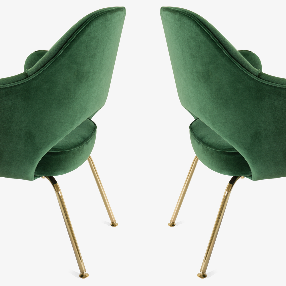 Saarinen Executive Arm Chair in Emerald Velvet, 24k Gold Edition6.png