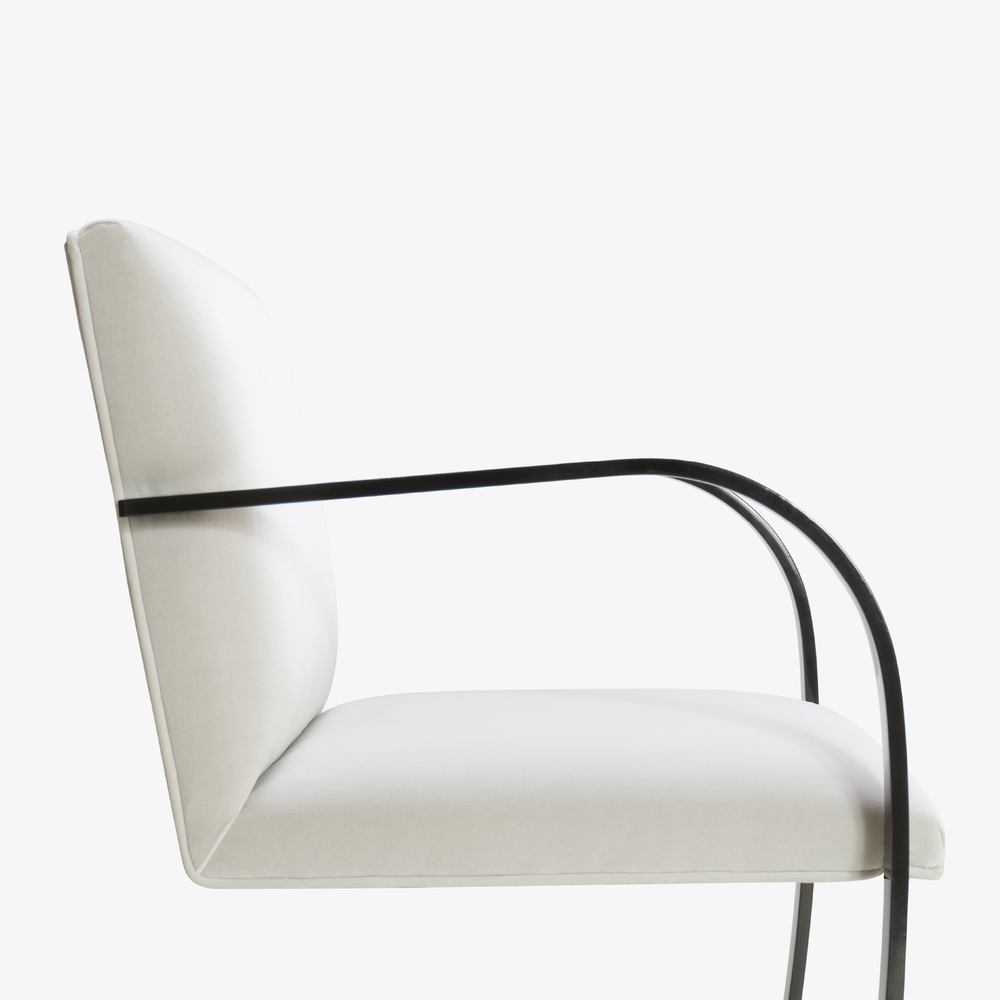 Brno Flat-Bar Chair in Dove Velvet, Obsidian Gloss6.png