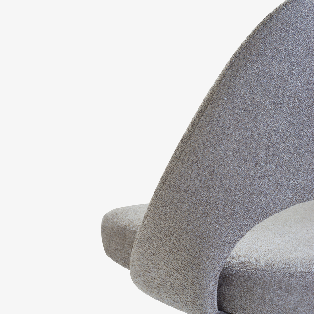 Saarinen Executive Armless Chair in Maddison Bouclé, Swivel Base6.png