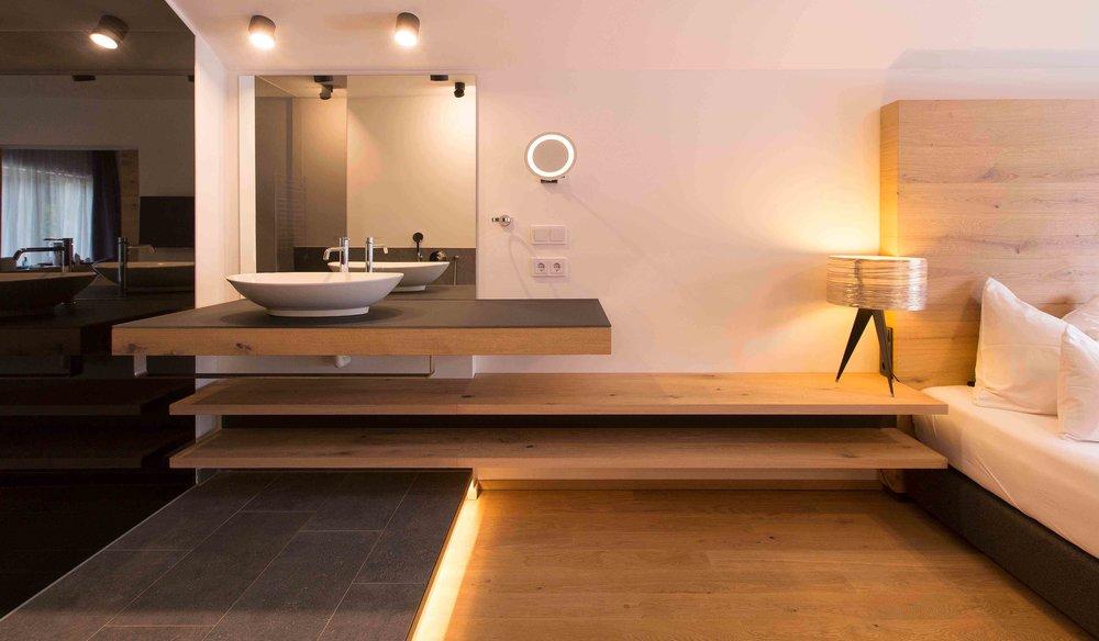 Hotel_Graseck_-_Eiche_weiss_34.jpg